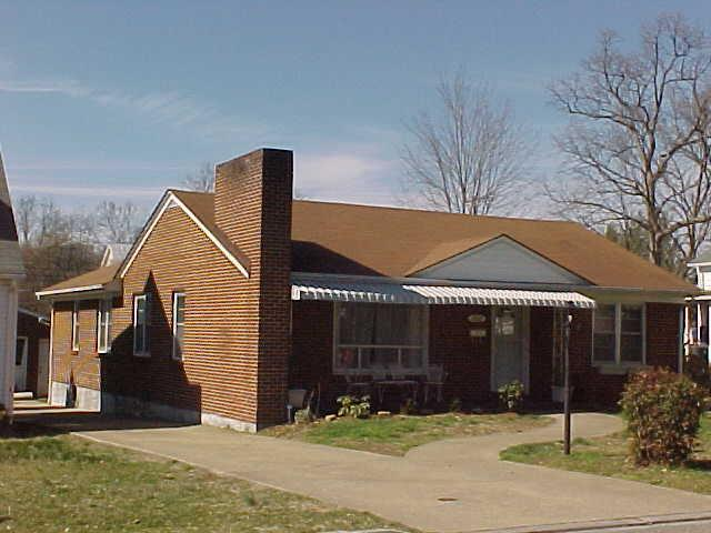 2027 Maple Ave, Buena Vista, VA 24416