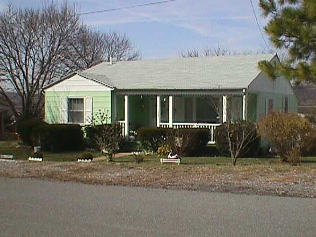 1823 Cedar Ave, Buena Vista, VA 24416